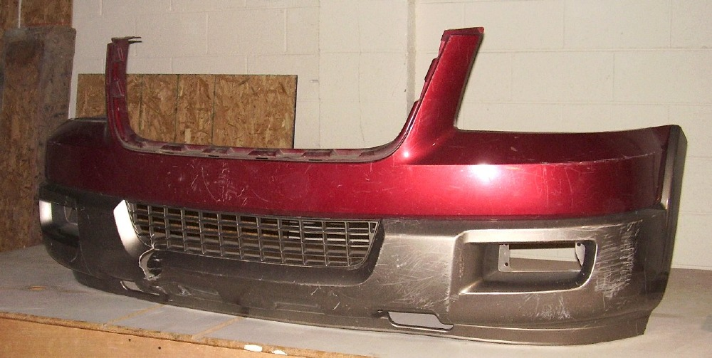 2004 2006 Ford Expedition Eddie Bauer Front Bumper Cover